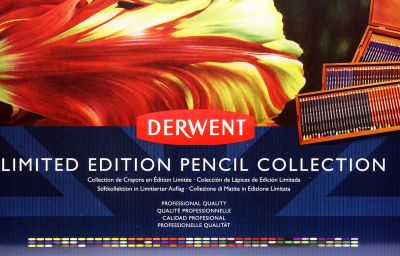 Komplet kredek Limited Edition Pencil Collectionm DERWENT kaseta drewniana z szufladami