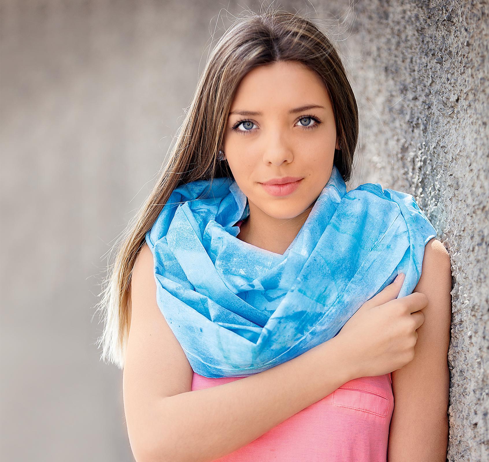 szal pomalowany farbą Marabu Fashion Spray